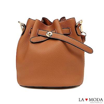 La Moda 輕鬆出遊去~小巧多Way肩背斜背水桶包(棕)
