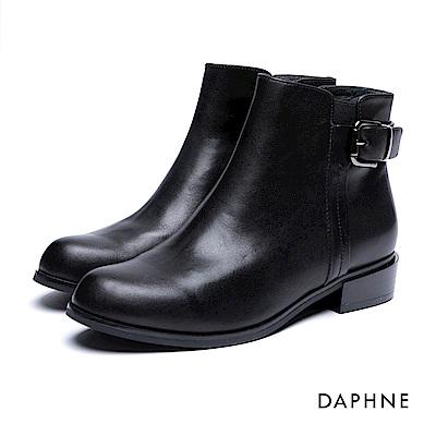 達芙妮DAPHNE 短靴-復古皮帶釦拼接牛皮粗跟踝靴-黑