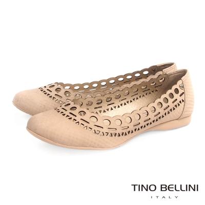 Tino Bellini 巴西進口浪漫鏤空輪廓舒適娃娃鞋_淺駝