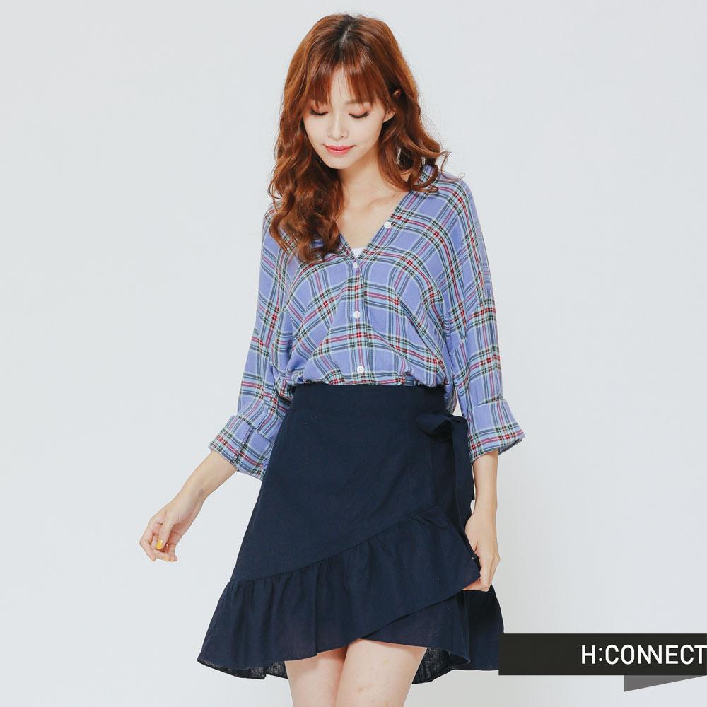 H:CONNECT 韓國品牌 女裝 -頸後交叉格紋襯衫-藍