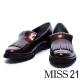 跟鞋 MISS 21 個性亮澤流蘇漆皮感低跟樂福鞋-棕 product thumbnail 1