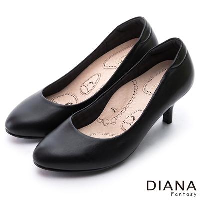 DIANA 漫步雲端布朗尼G款--輕彈舒適OL制鞋-黑