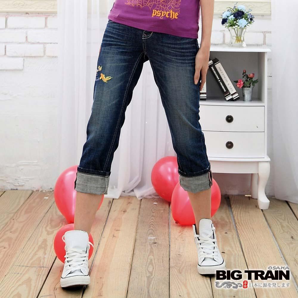BIG TRAIN-女款 金魚小葵七分褲-中藍