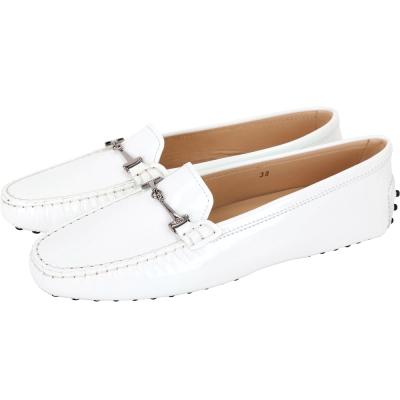 TOD'S  雙T鍊設計漆皮豆豆休閒鞋(白色)