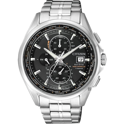 CITIZEN星辰 Eco-Drive 鈦金屬光動能電波腕錶-黑x銀/43mm