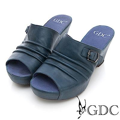 GDC-真皮基本簡約扣飾抓皺楔型拖鞋-藍色