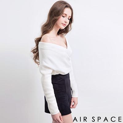 AIR-SPACE-交叉V領造型短版針織上衣-白
