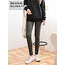 後口袋刺繡合身彈性窄管褲-OB大尺碼