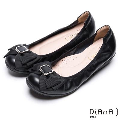 DIANA 舒適甜美--質感方釦蝴蝶結楔型娃娃鞋-黑