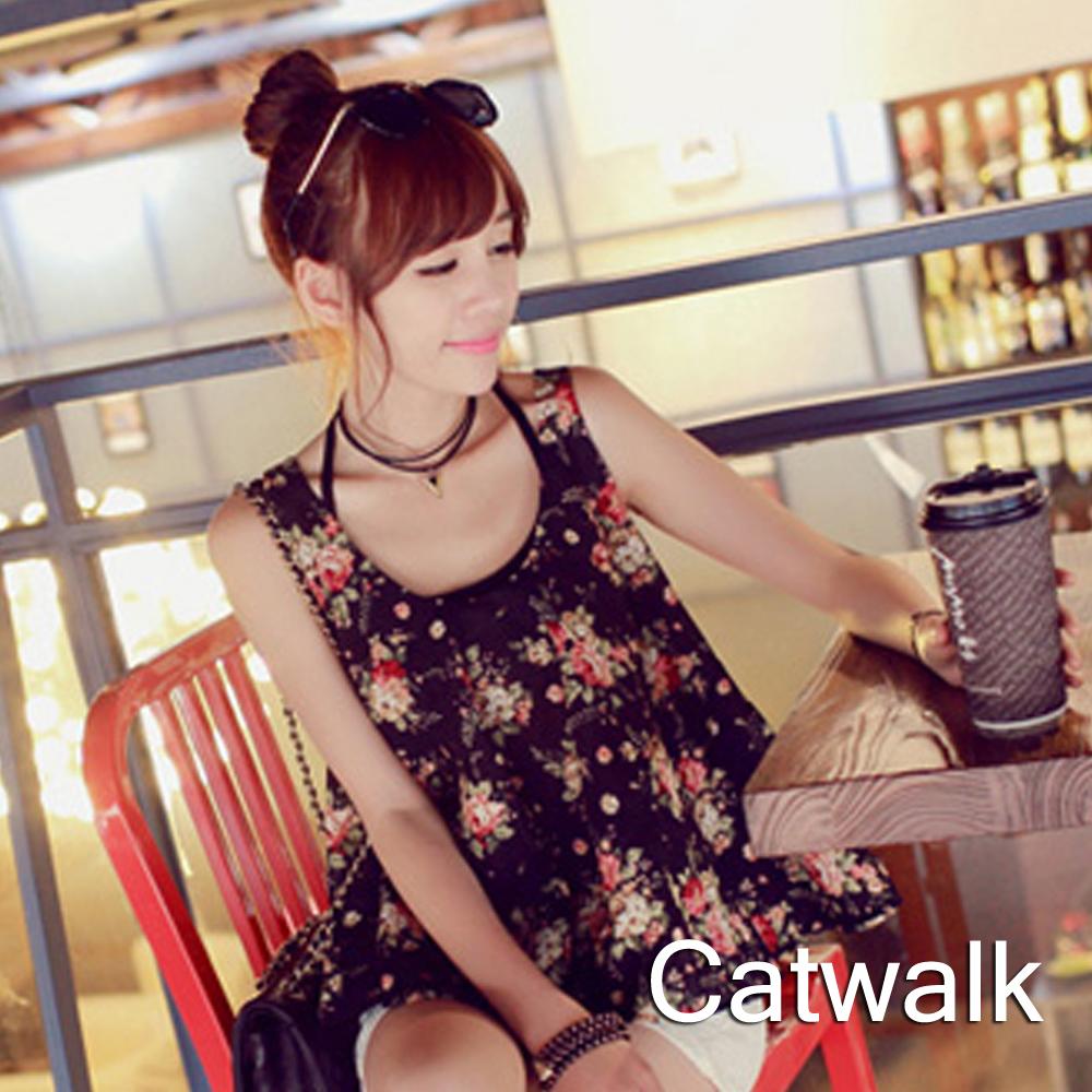 上衣 滿版花朵雪紡背心-共二色-Catwalk