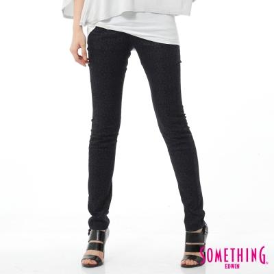 SOMETHING NEO FIT基本印花窄直筒牛仔褲-女-原藍磨