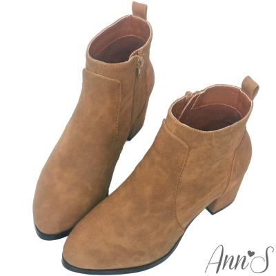 Ann'S造型搭配-素面純色柔軟粗跟短靴-棕