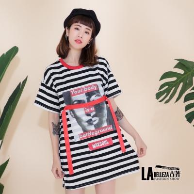 古著 紅色圓領黑白條紋人物相片拼接紅色緞帶長版上衣