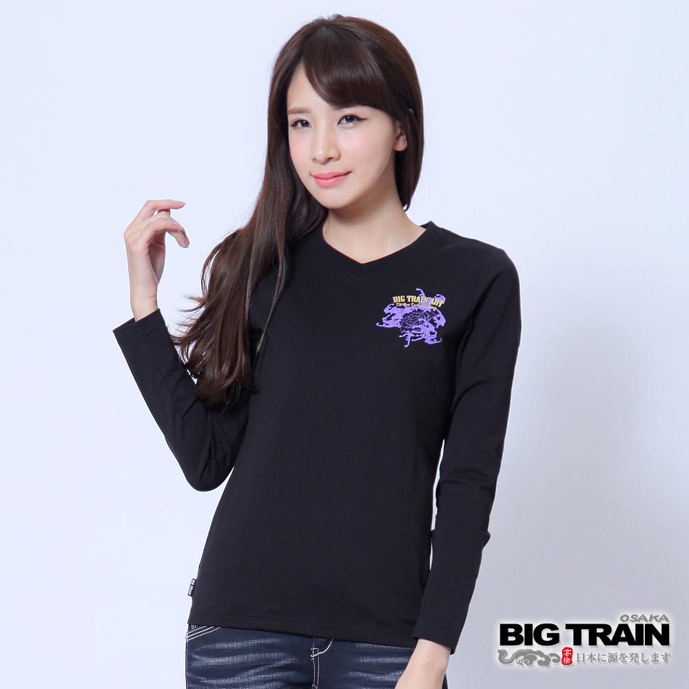 BIG TRAIN 牡丹金魚波柄印花T-女-黑色