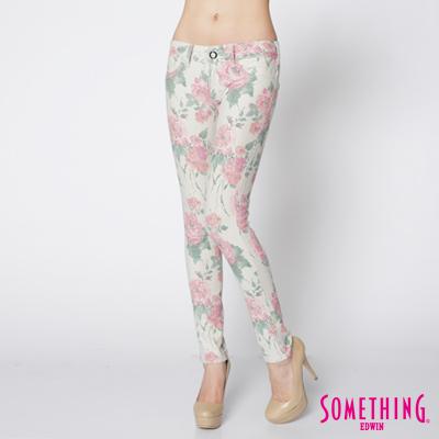 SOMETHING-繁花色系-LADIVA-印花合身窄直筒褲-女款-淺卡其
