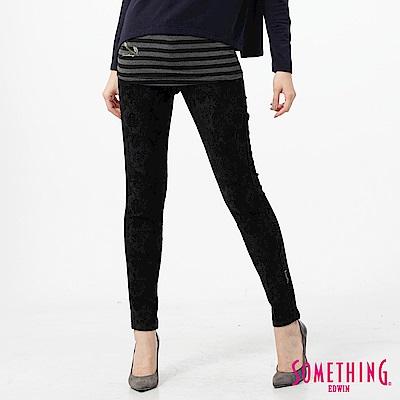 SOMETHING 窄直筒 LADIVA合身牛仔褲-女-黑色