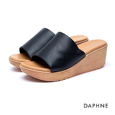 達芙妮DAPHNE 涼鞋-簡約復古寬版穆勒涼拖鞋-黑