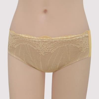 瑪登瑪朵 浪漫法式蕾絲  低腰寬邊三角無痕內褲(星鑽膚)