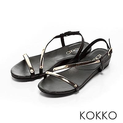 KOKKO~柔美曲線金屬光真皮平底涼鞋~俐落黑