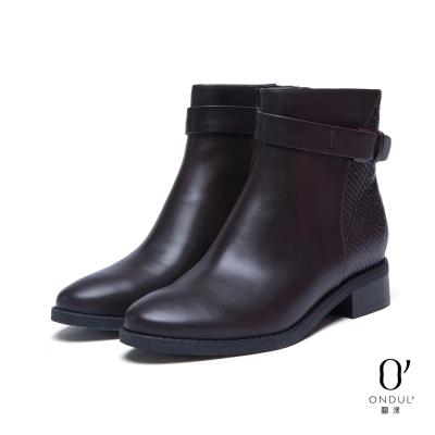 達芙妮x高圓圓 圓漾系列 短靴-蛇紋拼接皮帶扣短靴-酒紅