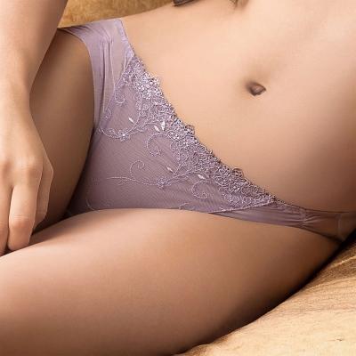 華歌爾 伊珊露絲華麗俏迷 M-LL 低腰三角褲(粉紫)