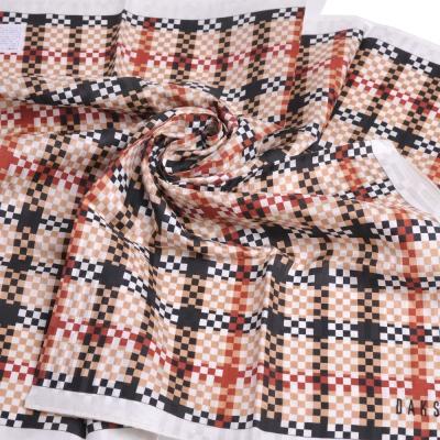 DAKS 棉絲混紡品牌斜格紋圖騰字母LOGO帕領巾(大/卡其系底)