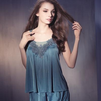 華歌爾睡衣 性感蕾絲 情人美背M-L 兩件式睡衣褲裝(瓷器藍)