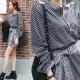 正韓 滿版小花排釦上衣+綁帶短裙套裝組(黑)