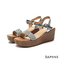 達芙妮DAPHNE 涼鞋-水鑽排列一字楔型厚底涼鞋-銀