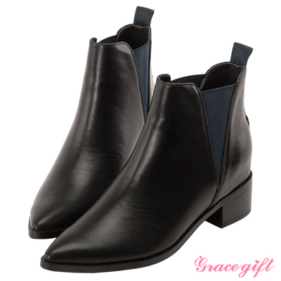 Grace gift X Kiki琦琦-撞色鬆緊帶內增高尖頭短靴 藍黑