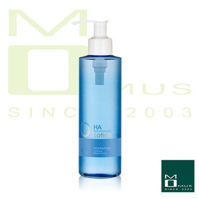 MOMUS 玻尿酸機能保濕液 210ml