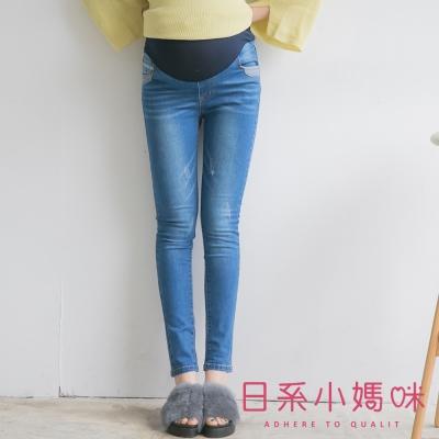 日系小媽咪孕婦裝-孕婦褲-破損感拼接造型口袋牛仔褲