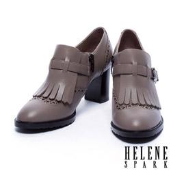 高跟鞋 HELENE SPARK 英倫學院風流蘇繫帶造型高跟鞋-可可