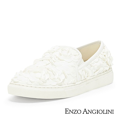 ENZO ANGIOLINI--立體花瓣休閒平底鞋-優雅白