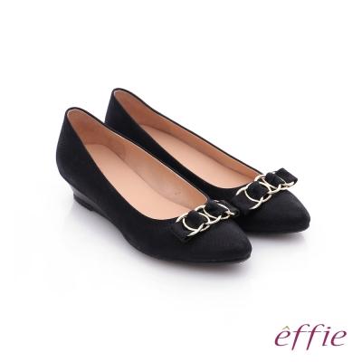 effie 都會舒適 絨面壓紋環環相扣低跟鞋 黑色