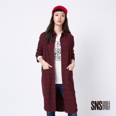 SNS-率性英倫紅格紋設計長版外套-1色