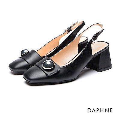 達芙妮DAPHNE 跟鞋-圓飾釦帶繞踝粗跟鞋-黑
