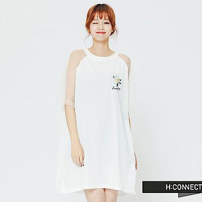 H:CONNECT 韓國品牌 女裝 - 微透膚花朵刺繡洋裝-白