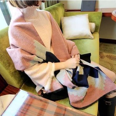 梨花HaNA 韓國仿羊絨撞色圖案波西米亞之夢圍巾
