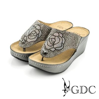 GDC-水鑽花朵圖樣舒適楔型厚底夾腳拖鞋-灰色