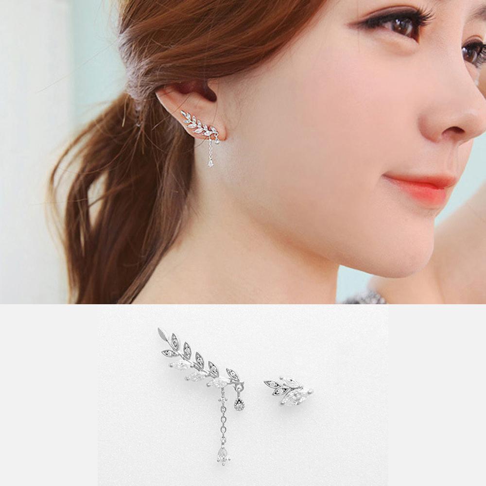 梨花HaNA 韓國925銀浪漫雕花葉片不規則垂綴耳環銀色