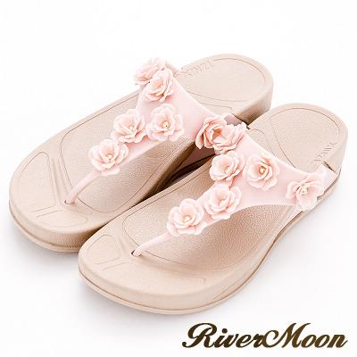 River&Moon拖鞋-Q軟輕量防水T字小花夾腳厚底涼鞋-粉