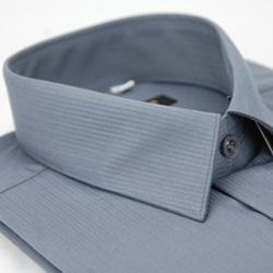 金‧安德森 灰色條紋類絲質短袖襯衫