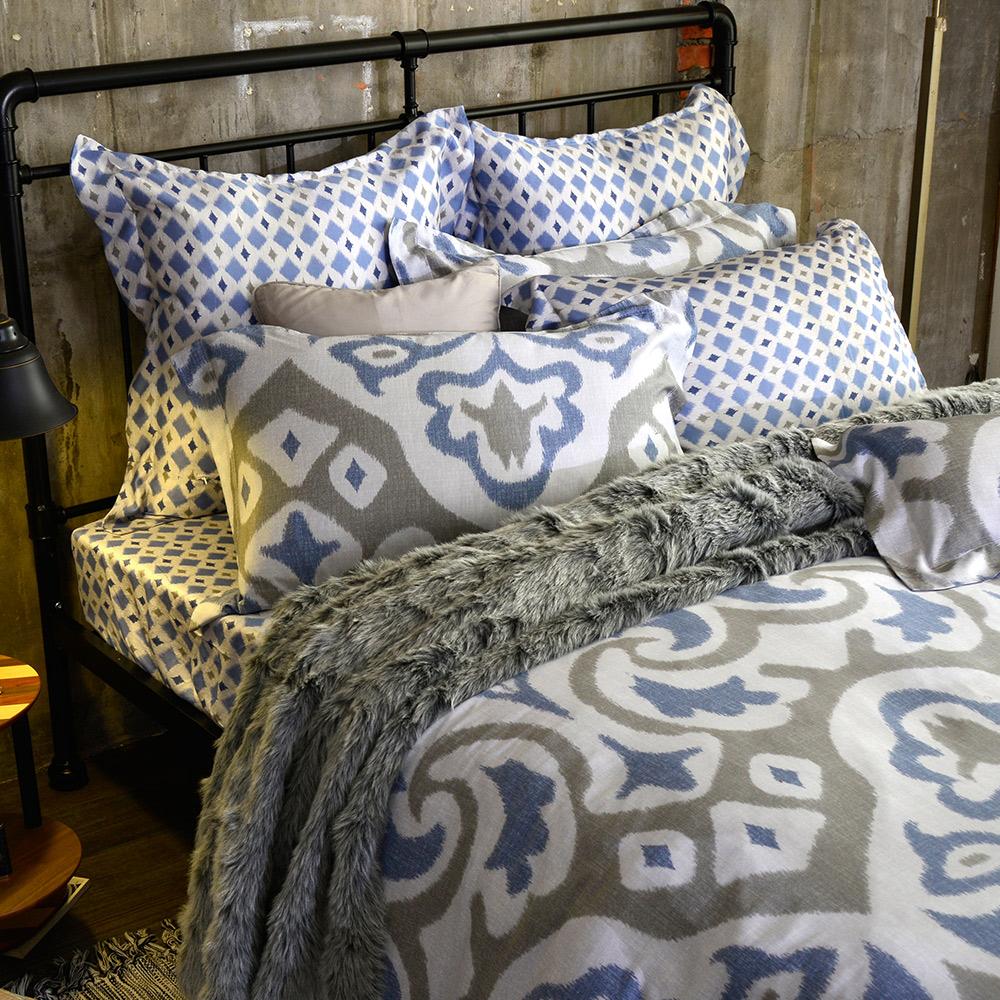 義大利La Belle 雙人天絲防蹣抗菌吸濕排汗兩用被床包組-羅馬印象