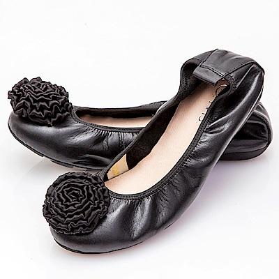 G.Ms. 手工芍藥緞花牛皮彎折娃娃鞋-黑色