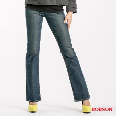 BOBSON 女款低腰伸縮小喇叭褲-藍色