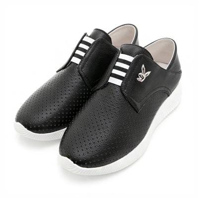 PLAYBOY時尚輕旅 洞洞透氣真皮休閒鞋-黑