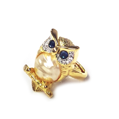 Kenneth Jay Lane 好萊塢巨星最愛 貓頭鷹戒指 白鑽寶藍琉璃眼睛  珍珠母貝