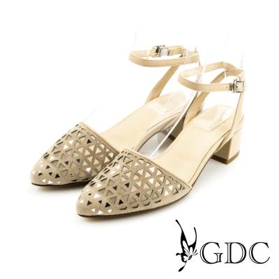 GDC-三角鏤空側扣帶真皮楔型厚底一字低跟涼拖鞋-裸色