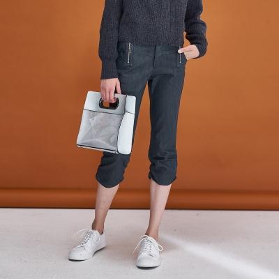 Hana+花木馬 百搭率性挺版抽皺拉鍊設計款膝下造型馬褲-綠